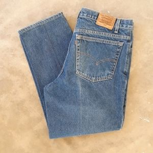 VTG {Levi's} 540 Relaxed Tapered Jeans